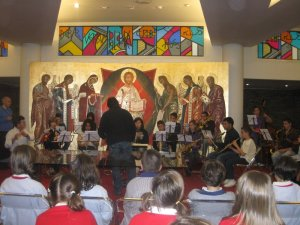 """Conjunt Instrumental de l' Escola de Música """"Amando Blanquer"""" al Col·legi Sant Roc"""