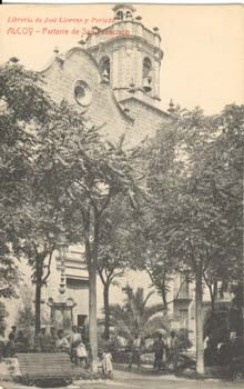 El parterre i la parròquia de Sant Maure i Sant Francesc.Fototeca Municipal d'Alcoi