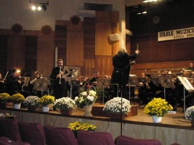 """Estrena de """"Concierto a Cádiz MDCCCXII"""", per a Clarinet i Orquestra, amb la Filharmònica de Bacau, dirigida per Ovidiu Balan al 2012"""