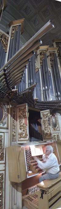 """Vicente Ros (Sueca, 1945) estrenó la obra original para piano del """"Tríptic Orquestal"""""""