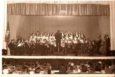 Estreno de la Misa a Sant Jordi el 10 de abril de 1982 (Foto cedida por Juan Jvaier Gisbert)