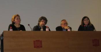 Moment de la conferència amb Ferrando i Nieto en la part central (Foto: Carles Castillo)