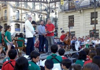 José Antonio García recibe el agradecimiento de la FSMCV en nombre de La Primitiva