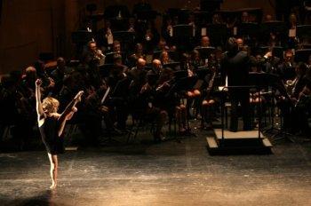 """Sol Picó amb La Primitiva en el concert del 22 de gener de 2011, """"Re, Mi, Sol Esclats"""""""