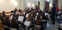 Jordi Monllor dirige la Banda Juvenil (Foto: J.A.García)