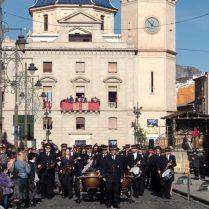 La Primiitva finalitzant l'acte de Les Pastoretes a la plaça (Foto: Pau Martínez)