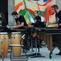 El grup al complet en un moment de l'actuació (Foto: P. Martínez)